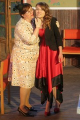 Laina täti ja Nella
