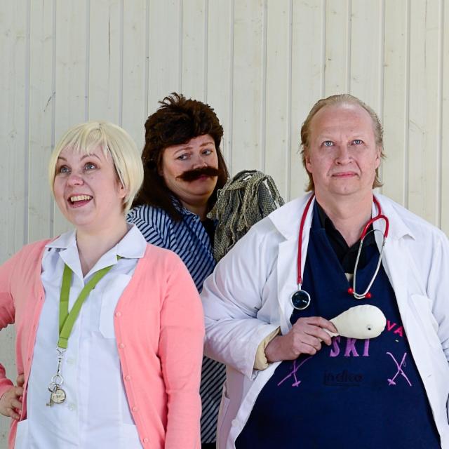 Hoitajatar, klinikan siivooja ja lääkäri