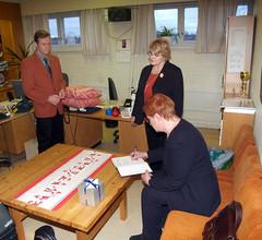 Presidentti Tarja Halonen kirjoittaa vieraskirjaamme