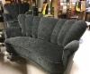 täysin uusittu perinteinen sohva