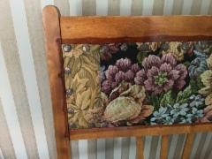 kurkistus - alkuperäiset koristenaulat, pintakäsittely ja kangas