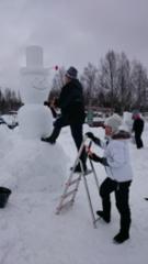 lumiukon tekoa Lumi Unnukassa 2016