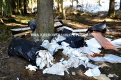 0617_luontoon_viedyt_jatteet_miia_korhonen_luontoturva.fi