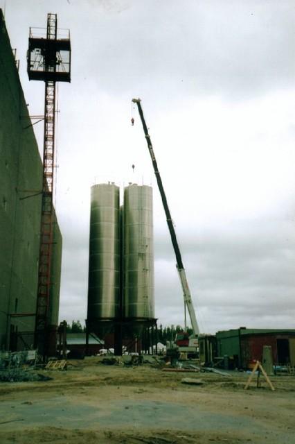 Muoviraaka-ainesiilojen pystytys, Rani-muovi v.2004