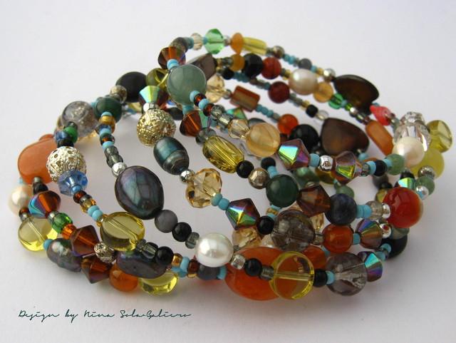 Upea monikerroksinen, värikäs ja näyttä spiraalirannekoru / Exclusive NSG Jewellery multicolour&layer spiral bracelet