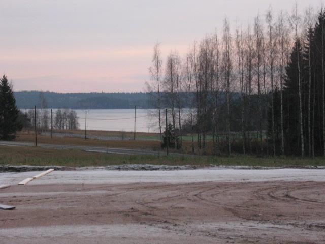 talvinen maisema tallilta 19.12.2007 005