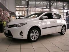 Kylkilistat, Toyota Auris 2013_3