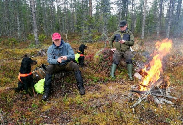 Nuotiolla Rovaniemellä