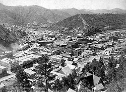 250px-deadwood_birdseye_circa_1890s1.jpg