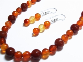 Kivikorut - Gemstone jewelry