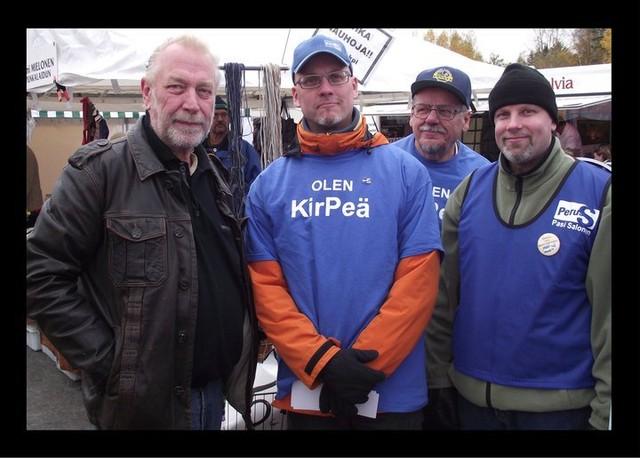 Pekka vaalitorilla 2011