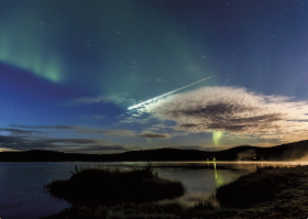 meteorite_and_auroras.png&width=280&height=500