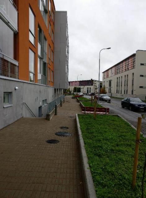 Kiveys 5.1 kerrostalo Vaasa, Pihanrakennus Valo Ky