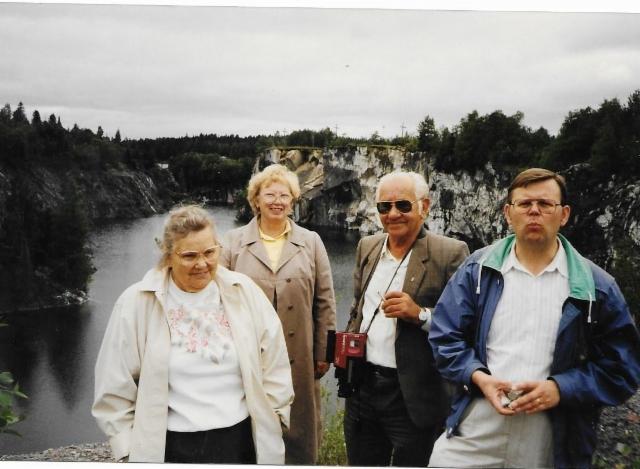 Taimi, tulkki, Tapio 1 ja Taimin siskon poika Juhani Karjula