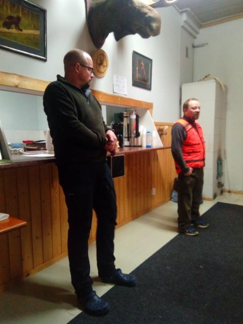 Ylituomari Mika Tolonen & ottelutoimikunnan pj Juha Romppanen