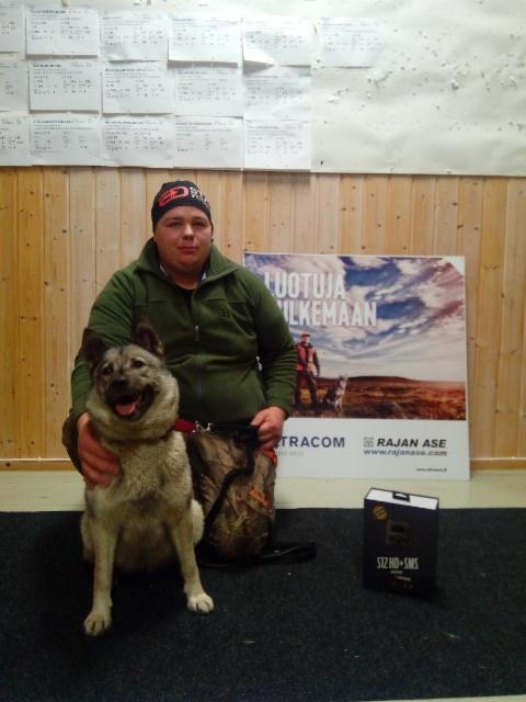 VSP-koira Kerton Elli & ohjaaja Antti Laakkonen