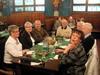 Illallisella Plezenska-ravintolassa