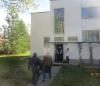 Menossa Alvar Aallon suunnittelemaan Tammekannin villaan