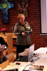 Kirjan kirjoittaja Anja Garamjölgyi.
