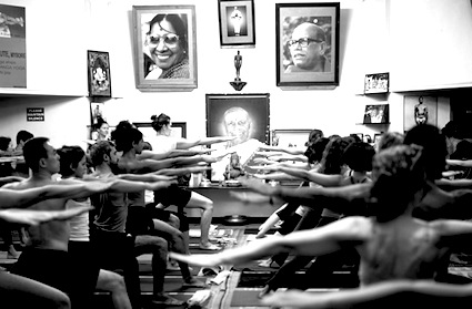 ashtanga-yoga-india.jpg