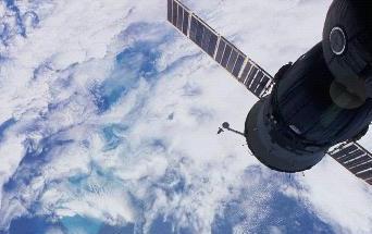Satelliitin Nopeus