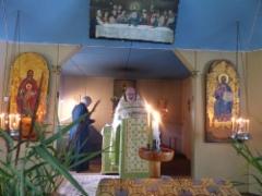 Isä Raimo Sissonen toimitti Orteodoksia leirin palvelukset.