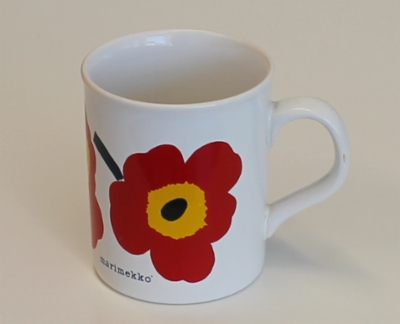 marimekko_muki_unikko_punainen_made_in_england.jpg&width=400&height=500
