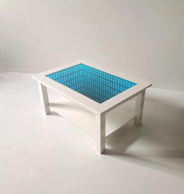 Sohvapöytä