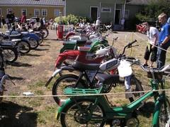 pekanpaivat_mopedi_moottoripyoranayttely_1.7.2006_24