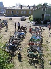 pekanpaivat_mopedi_moottoripyoranayttely_1.7.2006_81