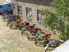 pekanpaivat_mopedi_moottoripyoranayttely_1.7.2006_83