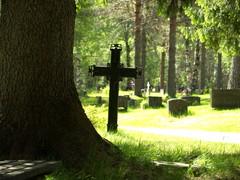 hautausmaa 4