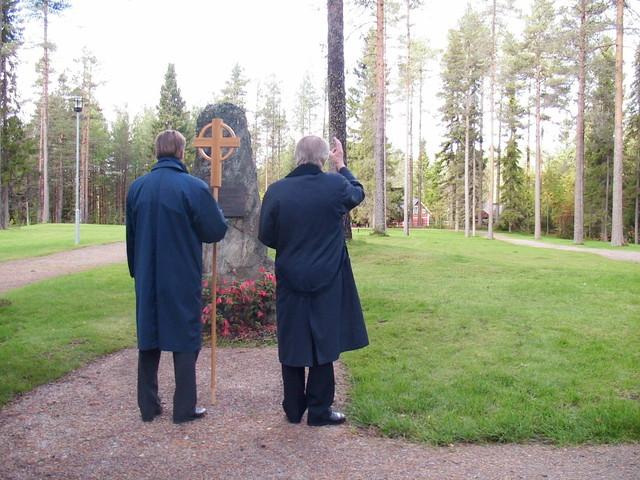 uusi hautausmaa, majan hirsilato ja kaukolampo 073