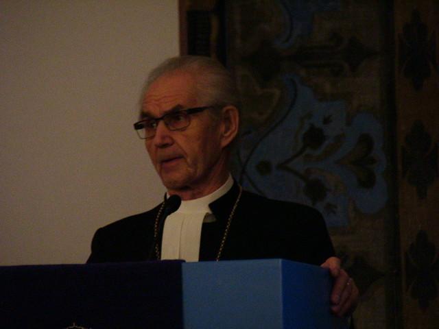 seppo laitasen virkaanasettaminen 18.12.2011 piispan puhe 076[1]