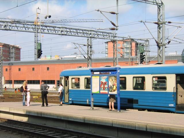 Lättahattu Turun asemalla lähdössä Naantaliin