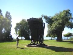 Runoilija Johan Attilan muistomerkki