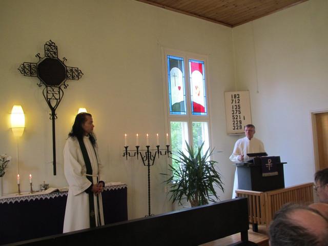 Messu Narvan kyläkirkossa