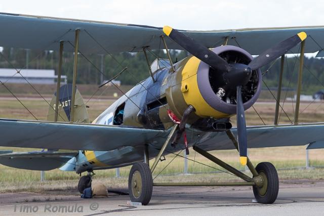 Gloster Gauntlet II GT-400