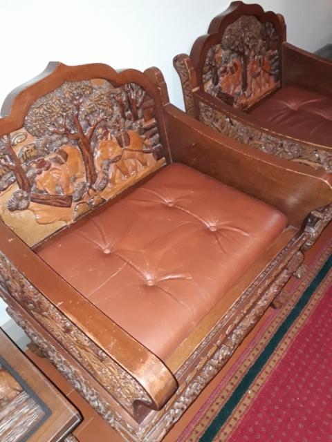 erikoiset_tuolit