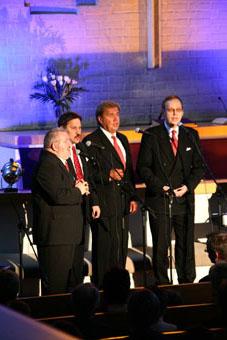 Exodus-kvartetti, kauniisti soiva, vanhaa hengellistä musiikkia esittävä ryhmä.