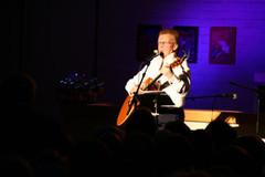 René Laulajainen, suomalaisille tuttu Jumalan laulava kulkuri.