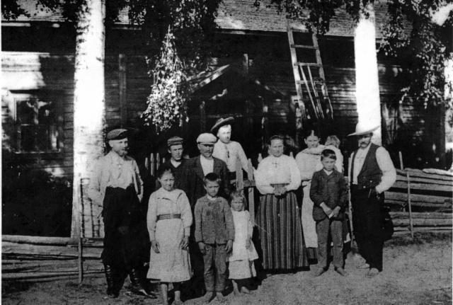 1897_vihannon_edustalla
