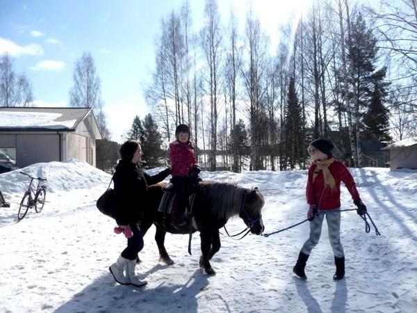 ekids_action_ja_musasaluunan_avajaiset_30-31.03.12_029