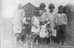 Palojärvi: Lapsia, kuva otettu 1927