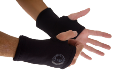 fe_xerotherm_wrist_warmers_72dpi_L.png&width=400&height=500