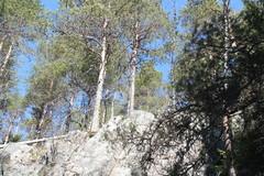 jylhiä kallioita