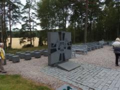 Mannerheimin ristinritarien muistopuisto Askaisissa / Mannerheimriddarnas minnespark i Askaiss