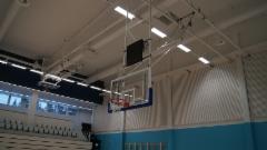 Kattoon kiinnitettävät koripallotelineet EN 1270