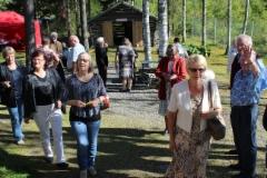 kuopiolaisia_tulossa_juhlaan