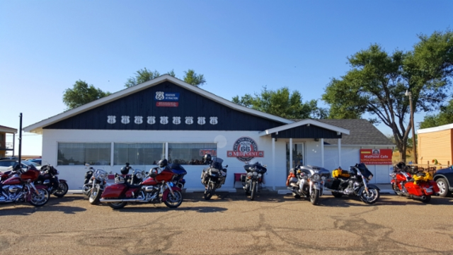Route 66 Midpoint Cafe.